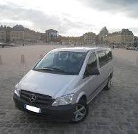 Location d'un minibus de 9 places avec chauffeur à Paris,Île de France et toute l'Europe