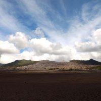 Découvrir un volcan actif grâce au mont Bromo lors de votre voyage en Indonésie