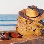 Que faut-il avoir dans son sac à dos lorsqu'on part en vacances ?