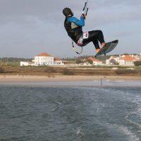 Faire ses premiers pas dans le monde du kitesurf